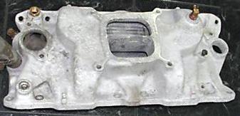 Edelbrock C3BX Chevrolet small block V8 intake manifold