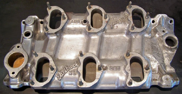 Edelbrock C67 Chevrolet small block V8 intake manifold