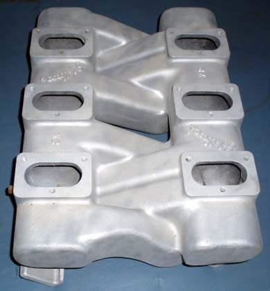 Edelbrock X2 Pontiac V8 intake manifold