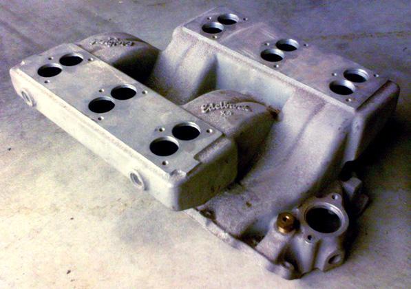 Edelbrock X4 Chevrolet big block V8 intake manifold