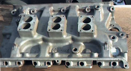 Edelbrock F380 Ford FE V8 intake manifold