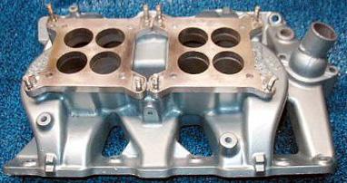 Edelbrock P-65 Pontiac V8 intake manifold