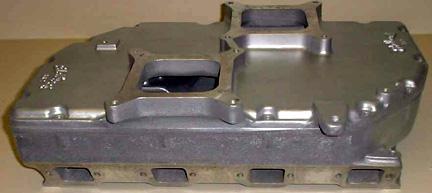 Edelbrock RR-2 Chrysler hemi V8 intake manifold