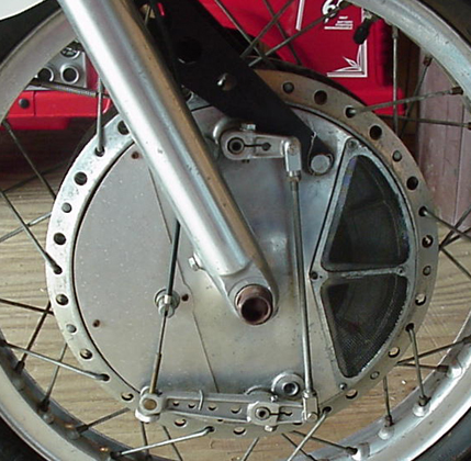 Drum Brakes Compared by Method